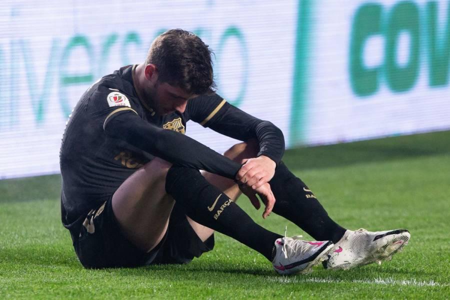 Lesión de Sergi Roberto pone en duda su participación en el partido contra PSG