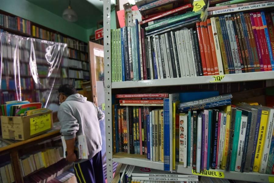Industria editorial demanda a AMLO la apertura de librerías
