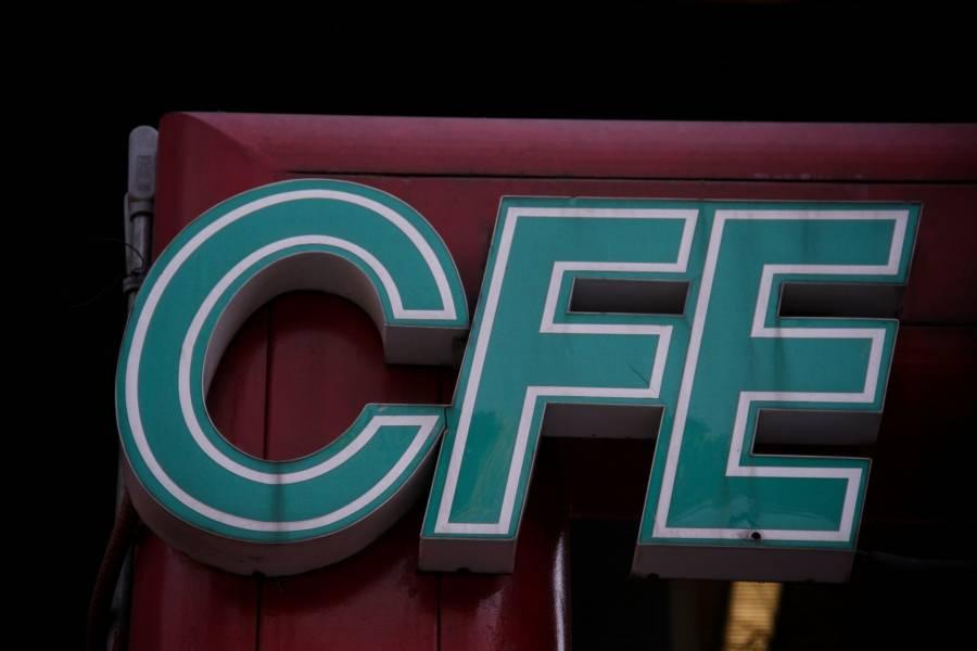 Tras revés a reforma eléctrica, trabajadores de CFE buscan modificar contratos con particulares