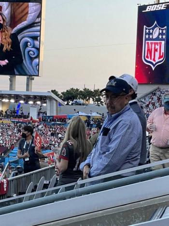 Separan de su cargo al coordinador de Salud del Edomex por asistir al Super Bowl