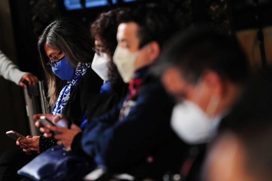 Sin censura, Morena promete regular las redes sociales