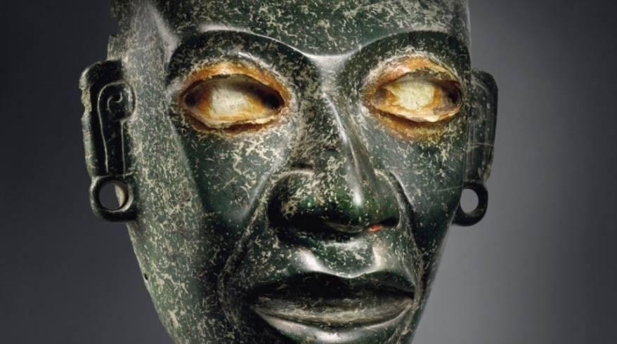 Pese a denuncia de México, Christie's realiza subasta de arte prehispánico