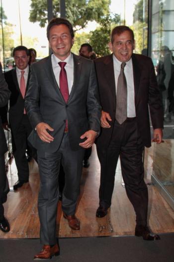 Trasciende que Alonso Ancira acordó reparar daño a Pemex para evitar juicio
