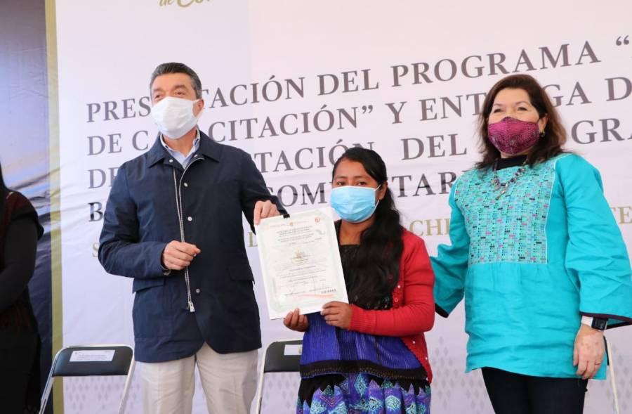 Ponen en marcha en Chiapas programa de Aulas Móviles de Capacitación