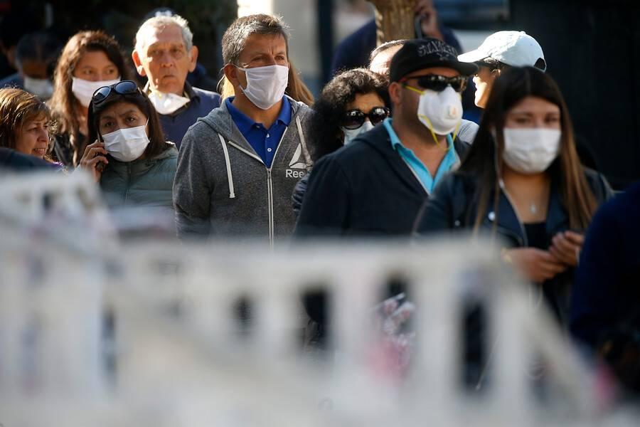 Latinos los menos vacunados y los que más mueren por Covid en EEUU