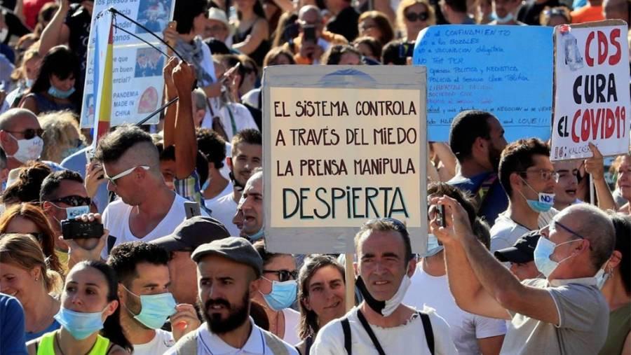 España se aísla de AL;  GB endurece castigos