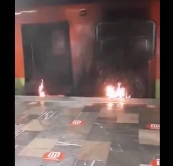 Se incendia neumático en convoy del Metro en la estación Indios Verdes