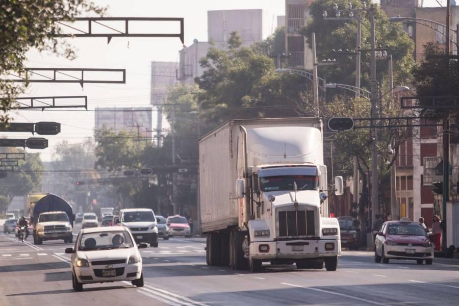 Cae 11.6% venta de vehículos  pesados al menudeo en enero