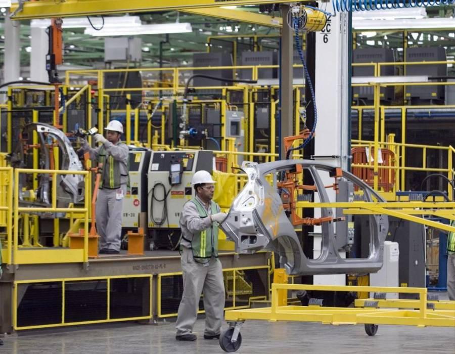 Actividad industrial México se desacelera más de lo esperado
