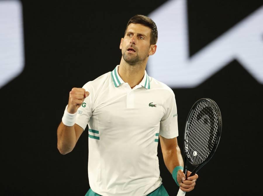 Djokovic logra su victoria 300 en Grand Slam y avanza en el Abierto de Australia
