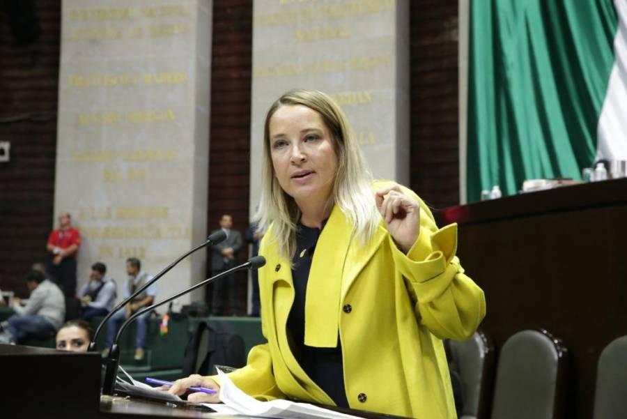 PRI busca prohibir en Constitución uso de apoyos sociales con fines electorales