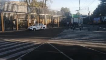 Encapuchados toman instalaciones de la Prepa 6 de la UNAM