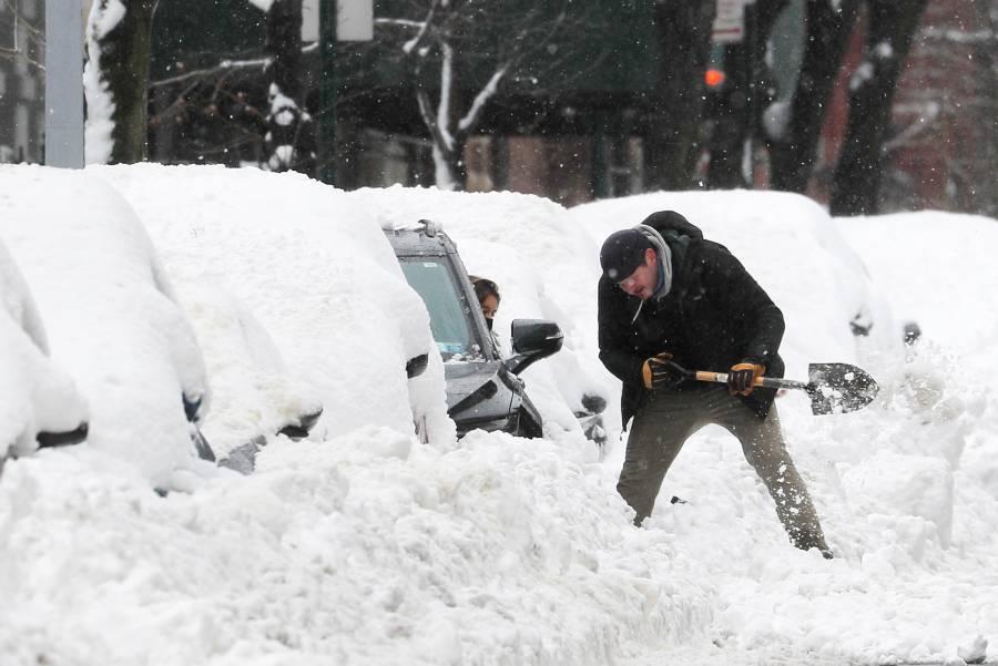 Fuertes nevadas y tormentas de  hielo afectan a 150 millones en EU