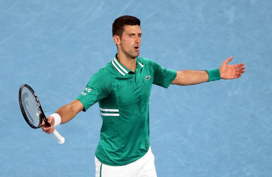 Djokovic vence a Zverev y pasa a semifinales en Australia; enfrentará a Karatsev