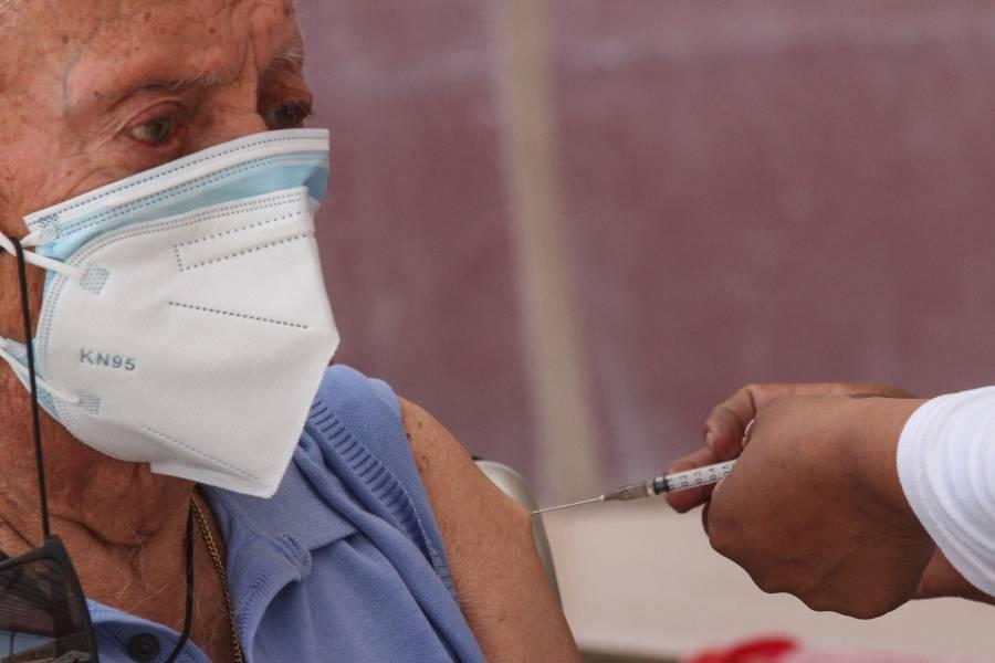 Este lunes fueron aplicadas 23 mil 369 vacunas Covid en adultos mayores