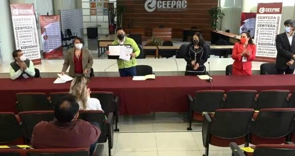 Ricardo Gallardo se registra como candidato al gobierno de SLP