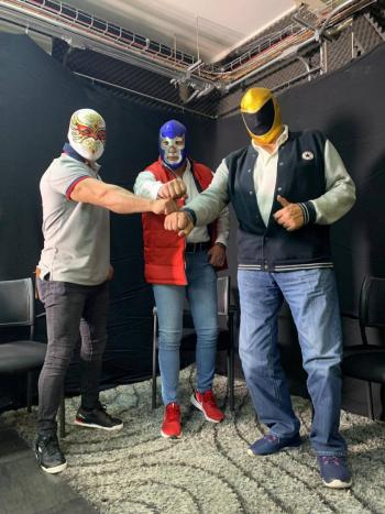 Luchadores buscarían gobernar con todo y máscara