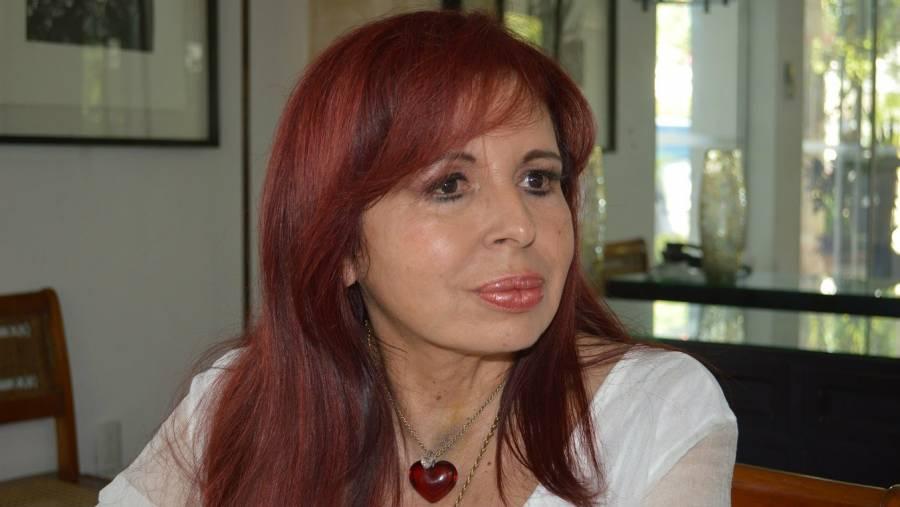 Anuncian candidatura de Layda Sansores