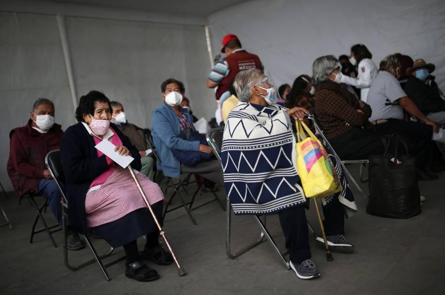 México, octavo en aplicación  de vacunas diarias en América