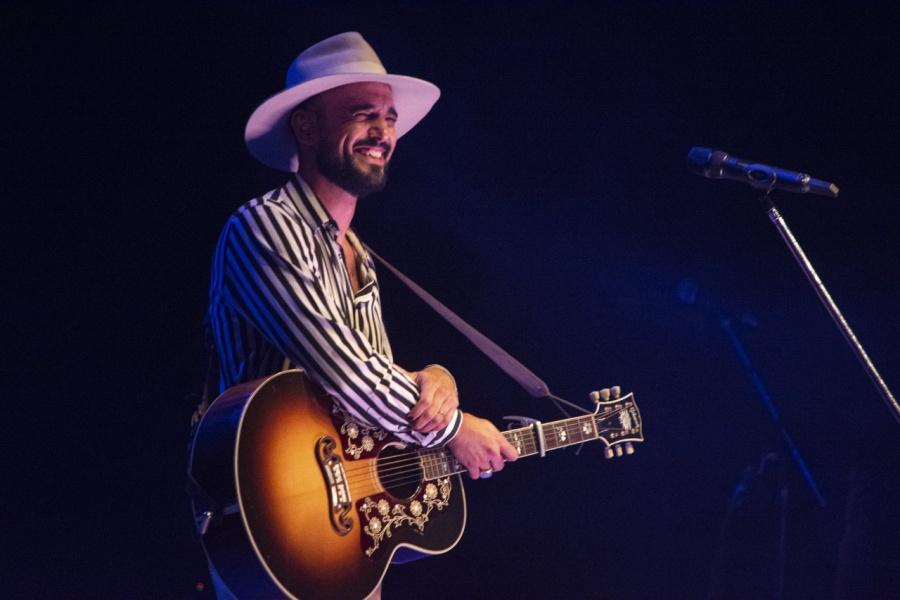 """Abel Pintos revela """"El amor de vida"""" como nombre de su nuevo disco"""