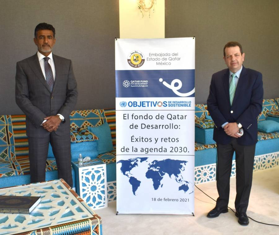 Sostienen encuentro titular de Sedeco y embajador de Qatar en México