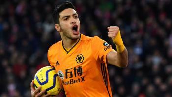 Tras fractura de cráneo, Jiménez vuelve a los entrenamientos del Wolverhampton