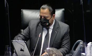 AVALA SENADO PRISION OFICIOSA PARA FEMINICIDIO, CORRUPCION, HUACHICOL Y OTROS