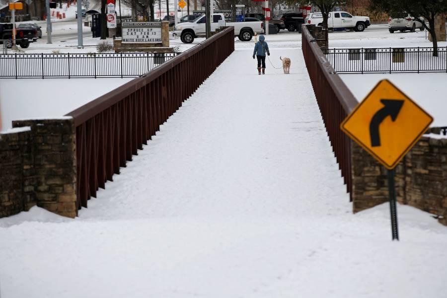 Biden declara desastre mayor en Texas por nevadas