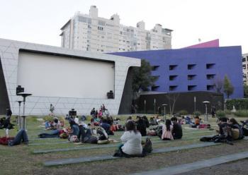 Cineteca Nacional regresa con funciones al aire libre