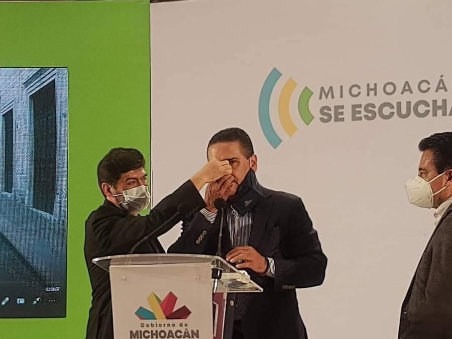 Gobernador Aureoles sufre hemorragia nasal; sería secuela de Covid