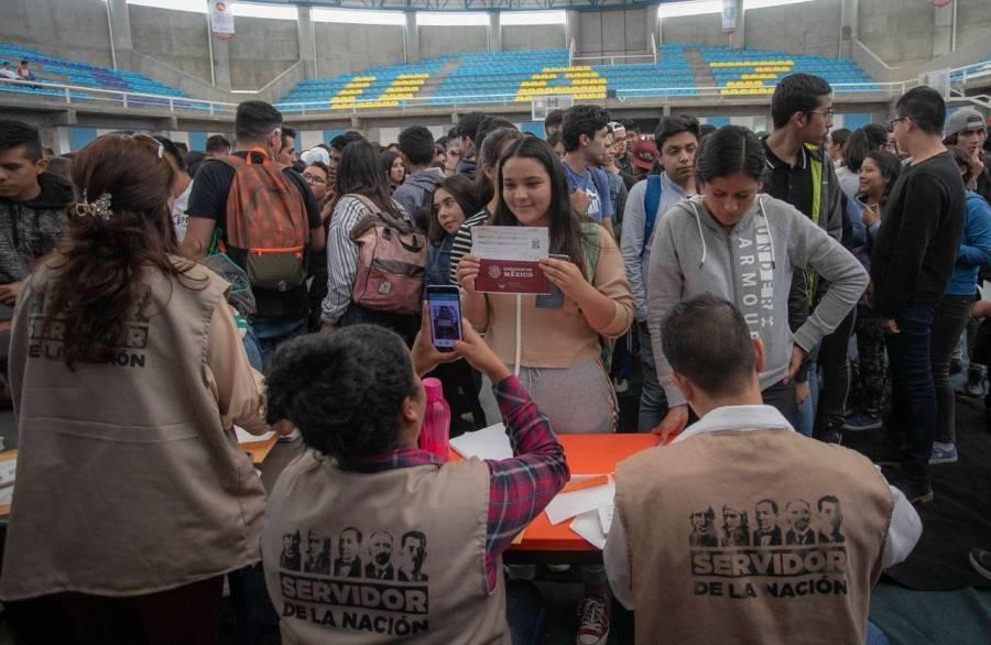 ASF reporta que Jóvenes Construyendo el Futuro entregaron apoyos a difuntos y a empresas fantasma