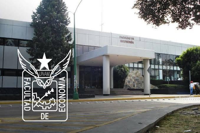 Profesores de la Facultad de Economía UNAM reclaman falta de pagos
