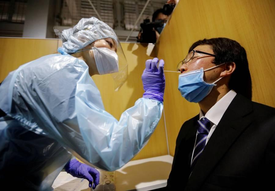 España extiende exigencia de PCR  negativa a México y 12 países más