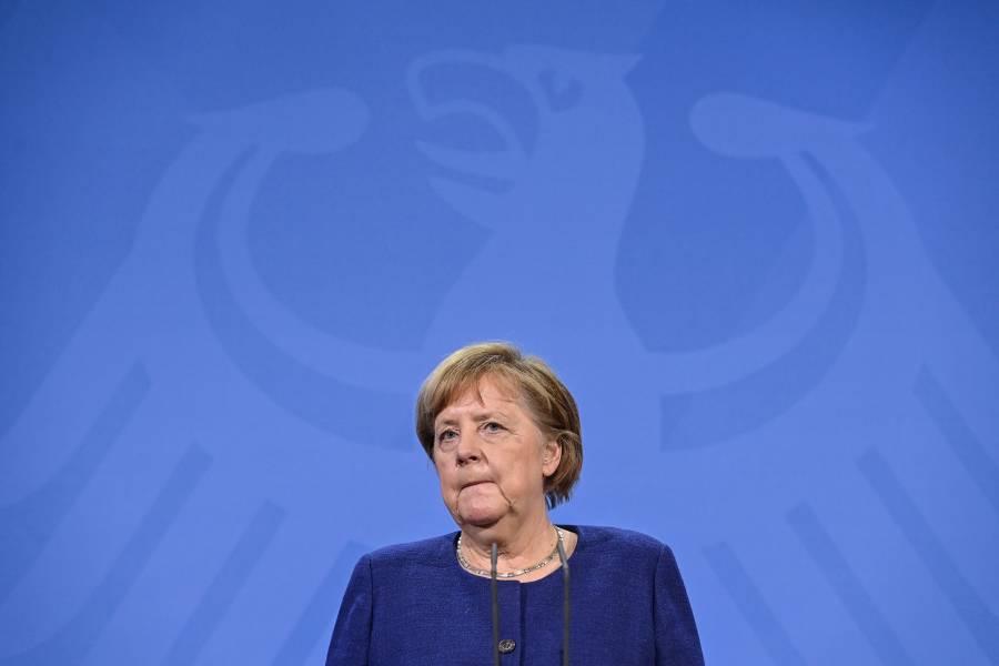 Unión Europea contará con pasaporte de vacunación, anuncia Merkel