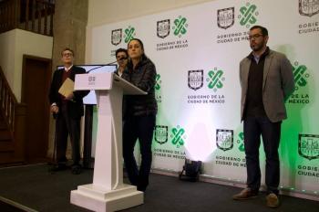 En Xochimilco, Sheinbaum supervisa vacunación