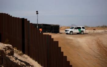 Se derrumba política migratoria de Trump en frontera con México