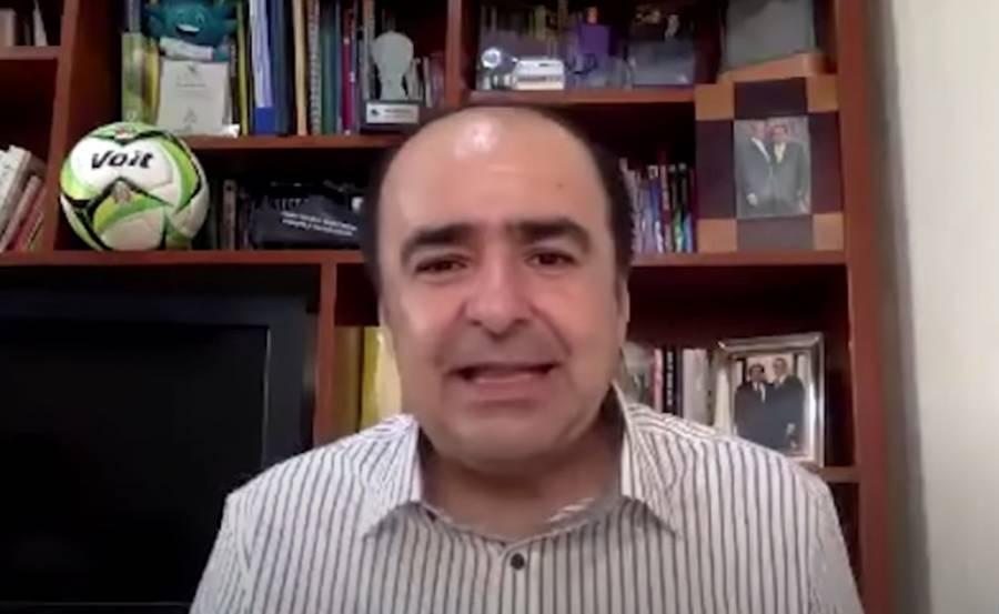 Sujetos armados encañonan a David Medrano y compañeros en Jalisco