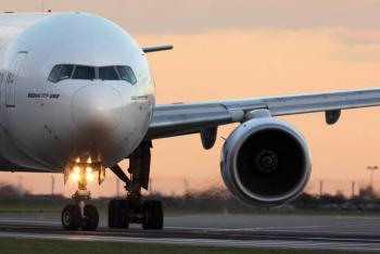 Un B777 con destino Madrid aterriza de emergencia en Rusia