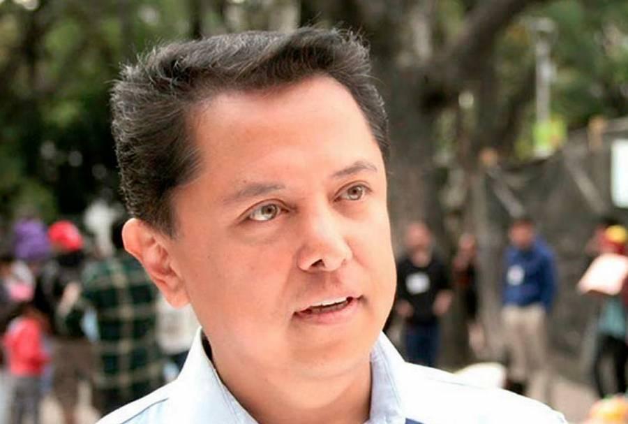 Pablo Amílcar Sandoval abandona la contienda interna de Morena en Guerrero