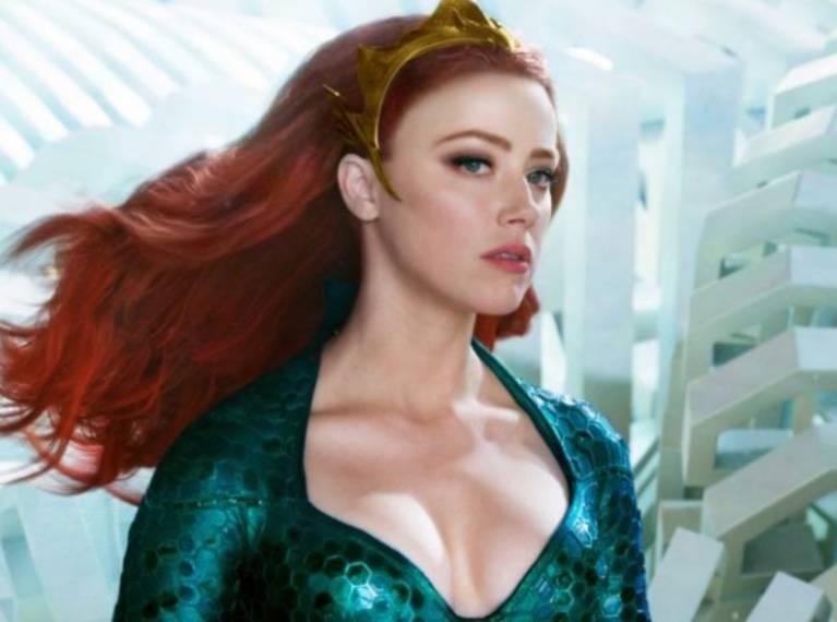 Amber Heard se mantiene en Aquaman 2