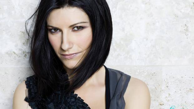 "Laura Pausini feliz con su primer Globo de Oro por ""Io Sí"""