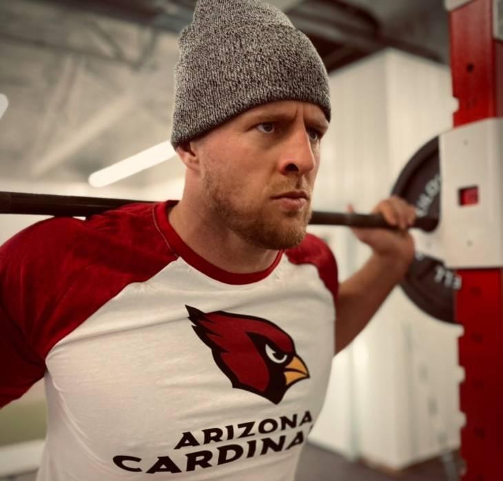 Oficial: J.J. Watt llega a los Cardinals de Arizona