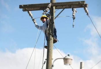 AVALA SENADO EN COMISIONES REFORMA ELÉCTRICA