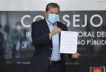 David Monreal rinde protesta como candidato a gubernatura de Zacatecas