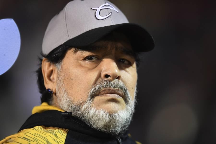 Claudia Villafañe asegura que Maradona estaba secuestrado por su abogado