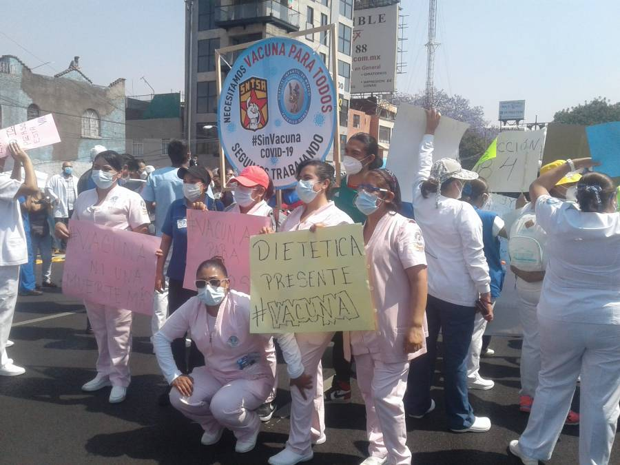 Bloquean para exigir vacunación contra Covid
