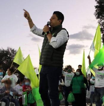 Lidera El Pollo Gallardo intención del voto en SLP