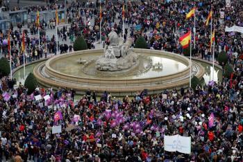 España prohíbe las marchas del Día Internacional de la Mujer