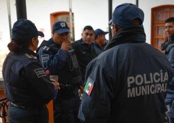 Miguel Barbosa pide revisar el control de confianza en las policías municipales de Puebla