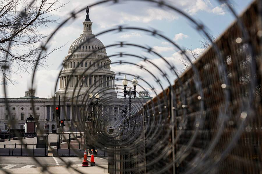 Refuerzan seguridad en Capitolio de EEUU por alerta de ataque